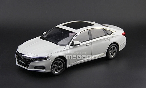 1/18 Honda All New Accord 2018 White Generation 10
