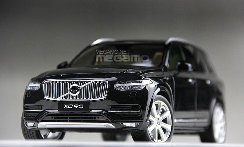 1 18 Csm Volvo Xc90 7 Seats Suv 2015 Black Dealer Edition