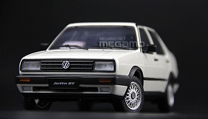 1/18 Volkswagen VW 1984 Jetta GT MKII White Red Diecast Fully Open
