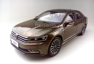 1/18 Volkswagen Passat B7 Brown Bronze 2016 LCI Facelift 330 TSI FAW-VW Dealer
