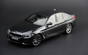 1/18 Kyosho OEM BMW Dealer Ed 2018 G30 5 Series Gray M Package 530i 540i