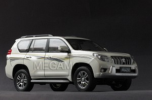 1/18 Toyota Prado Land Cruiser 2010 White Dealer Ed
