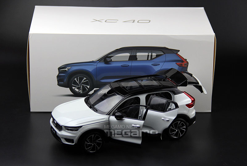1 18 All New 2017 Volvo Xc40 T5 R Design White Blue R