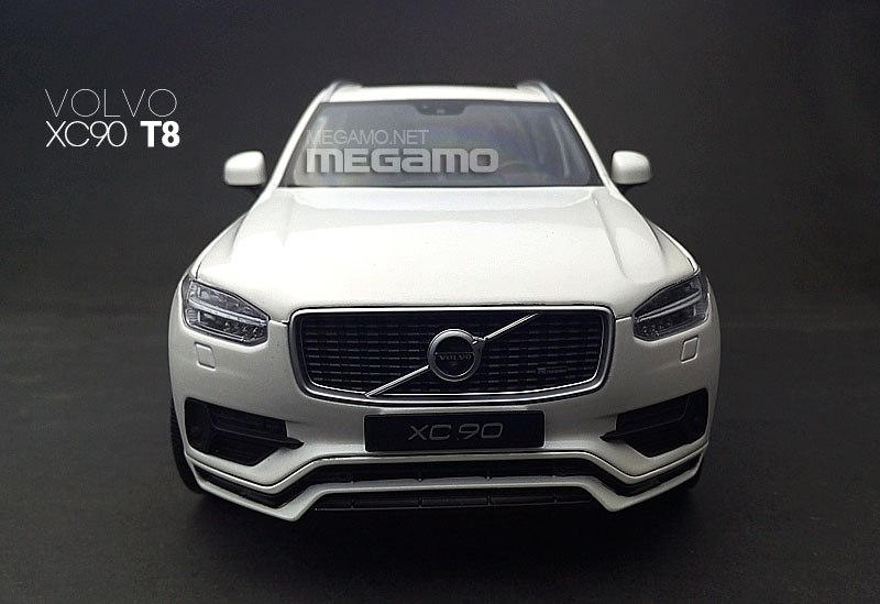 1 18 gt autos volvo xc90 t8 white ebay. Black Bedroom Furniture Sets. Home Design Ideas