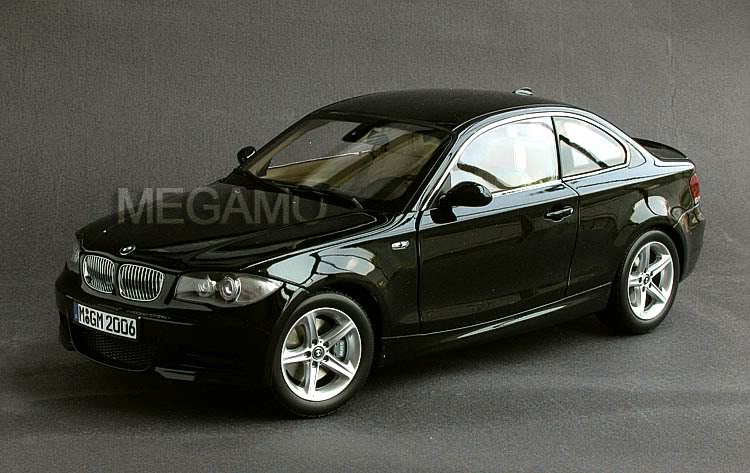 1/18 bmw dealer e82 125i 130i m-pack coupe black kyosho n52 l6