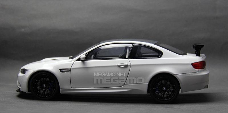 1/18 Kyosho BMW e46 M3 CSL Black BBS + e92 GTS White + Free Ship | on bmw coupe, bmw sport, bmw m7, bmw 2 series, bmw 540i, bmw z8, bmw 335i, bmw 325i, bmw x4, bmw 135i, bmw 750li, bmw gt, bmw z3, bmw e30, bmw x7, bmw 850 csi, bmw 4 series, bmw x9,