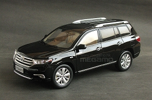 1/18 Toyota Highlander Facelift 2012 7 Seats Black Dealer Ed