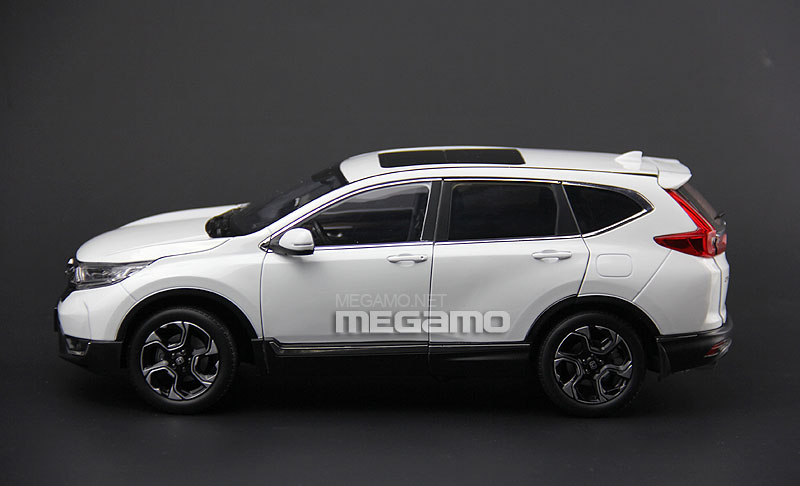 honda crv  white diecast full open