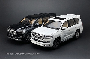 1/18 KengFai Toyota Land Cruiser LC200 2020 4000 VXR V6 White Black Full Open Diecast