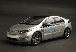 1/18 Gaincorp GM Chevrolet Chevy VOLT Electric 2012 Silver